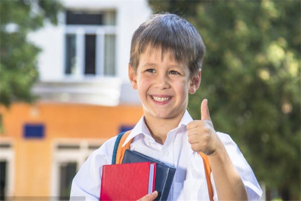 新天空外国语学校开心