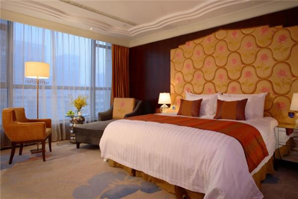 哈特商务酒店豪华大床房