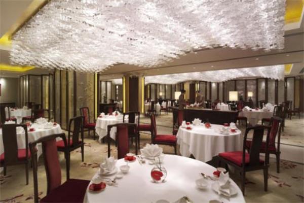 德泰大酒店大厅