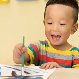 稚鸟儿童美术绘画