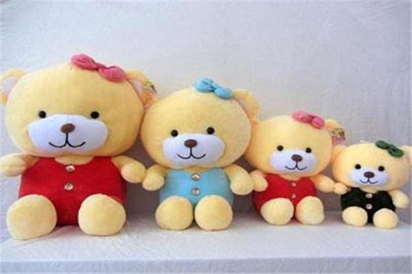 漂亮宝贝毛绒玩具熊
