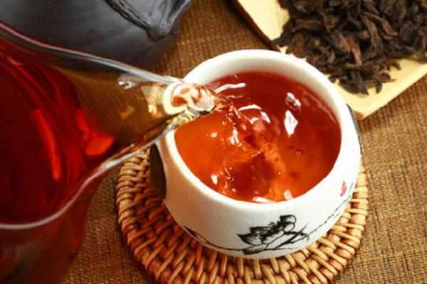 布朗山大树茶茶水