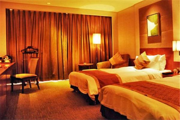 哥伦波太湖城堡酒店特色