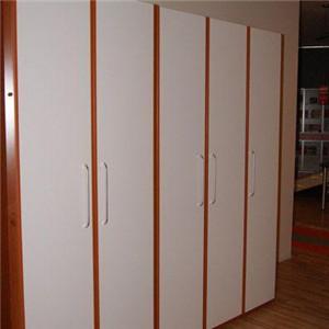 红苹果衣柜现代
