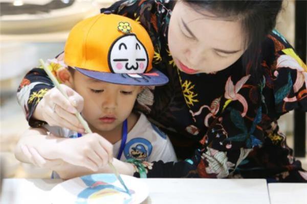 艺美绘儿童美术教育教学