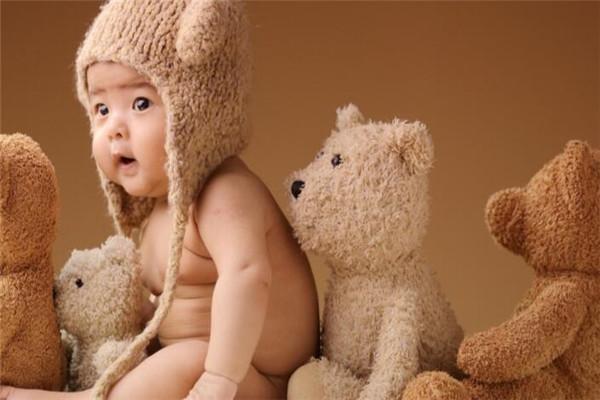 三只熊儿童摄影品牌