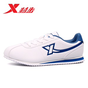 特步运动鞋-美观