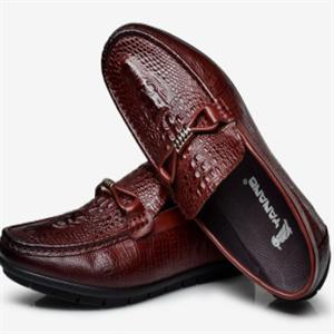 耶纳诺啄木鸟皮鞋褐色