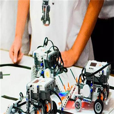 博讯飞机器人教育操作