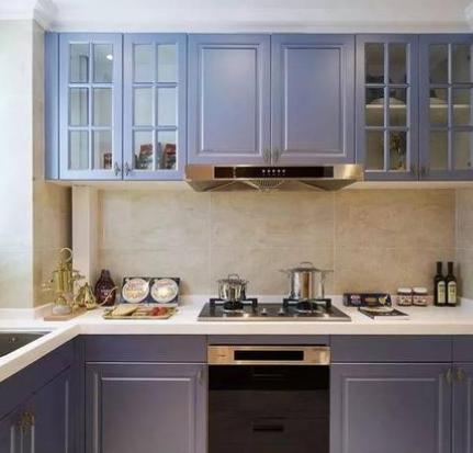 普西尼橱柜紫色