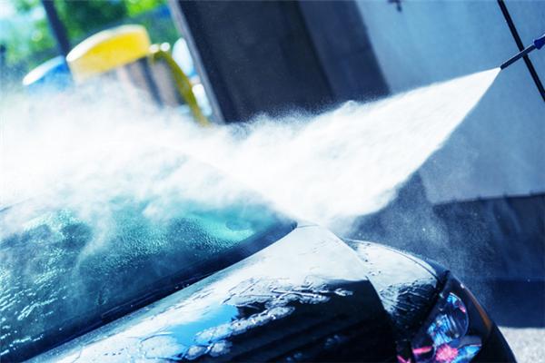 百达通洗车保养