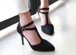 女兆女鞋设计