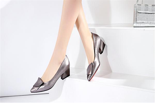 女兆女鞋样式