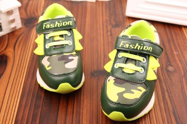 助兴童鞋设计