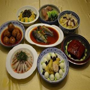 客家八大碗红烧鱼