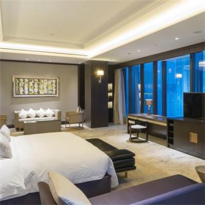 新云南皇冠假日酒店品牌