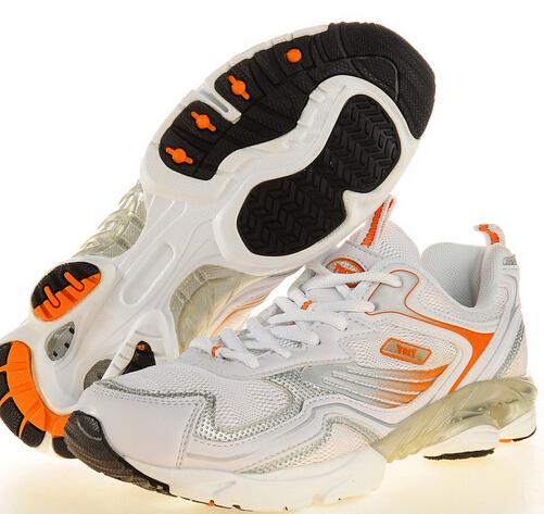 奔速运动鞋舒适