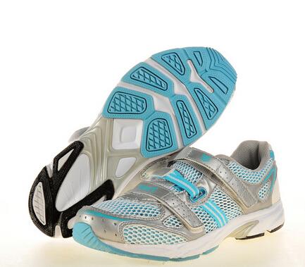 奔速运动鞋透气
