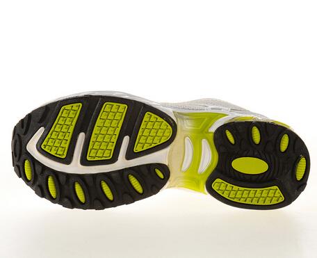 奔速运动鞋防汗