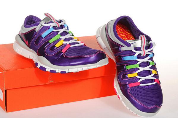 奔速运动鞋简约