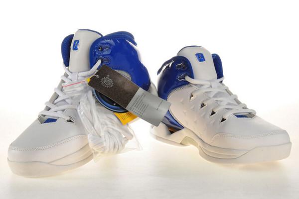 奔速运动鞋休闲