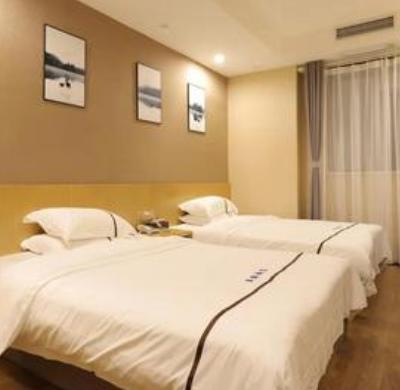 聚緣酒店床