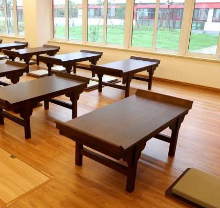 金石學堂課桌