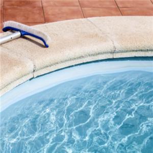 康達基業游泳池設備有趣