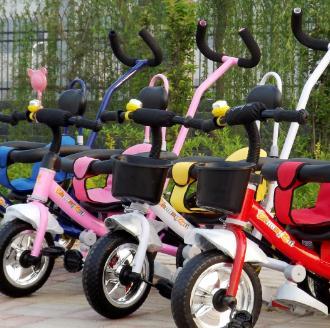 貝樂尼兒童玩具童車好看