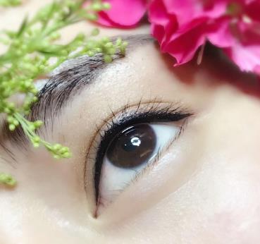 艾美麗專業繡眉美麗