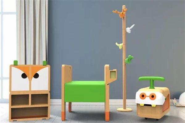 松果兒童家具木頭