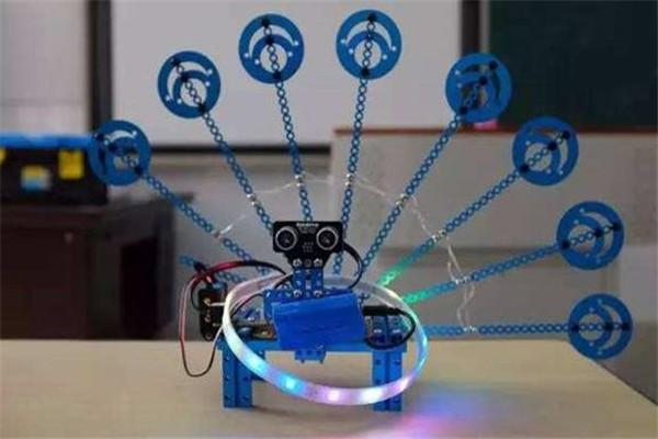 比特創客機器人教育產品