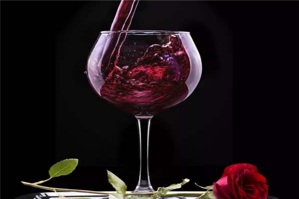 海豚進口葡萄酒風味