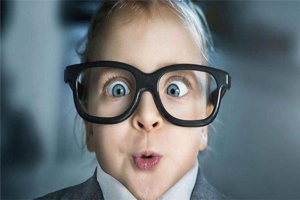 摩利士眼镜样式