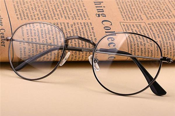爱目堂眼镜样式