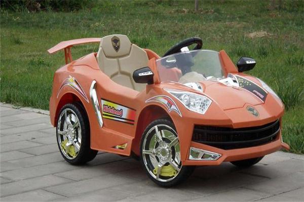 貝樂尼兒童玩具童車設計