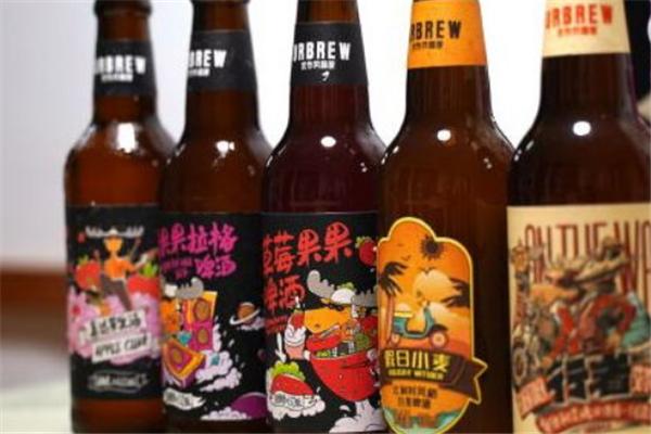 优布劳精酿啤酒加盟费多少钱 新浪十四场对阵表_官方版哪些优势?