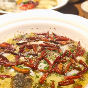隆記酸菜魚麻辣味
