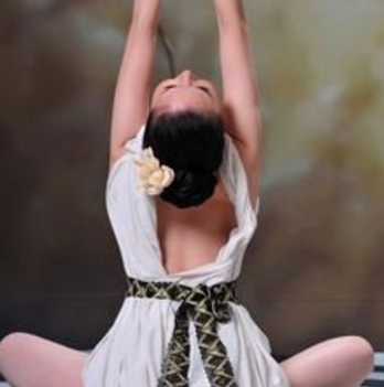 艾雅瑜伽教育