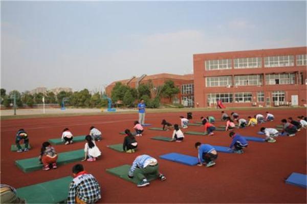 匯英陽光幼兒園教育