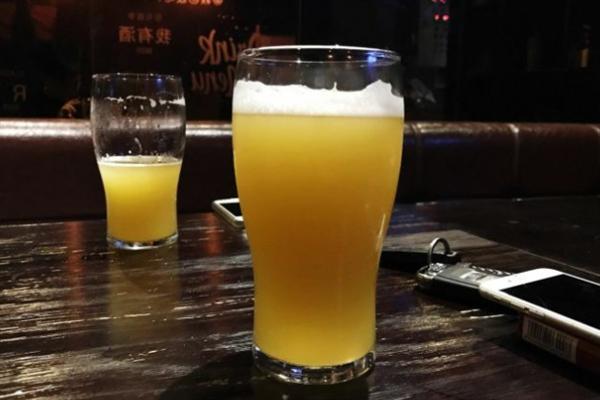 星球啤酒泡沫