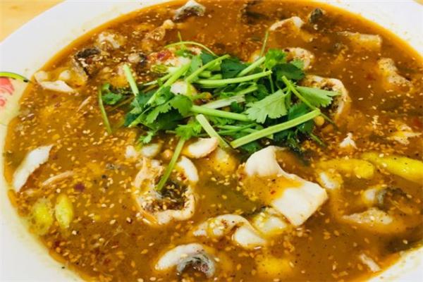 光海鄉記酸菜魚很香很好吃