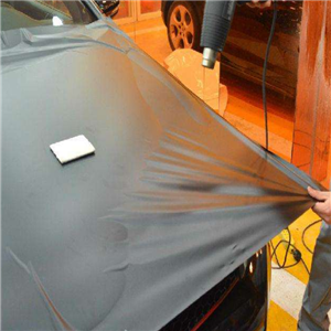 外星人汽车贴膜清洁