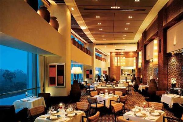 博雅锦湖酒店餐饮