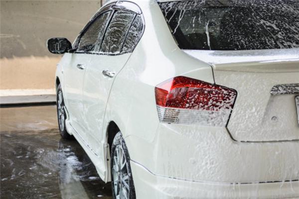 藍象自助洗車特色