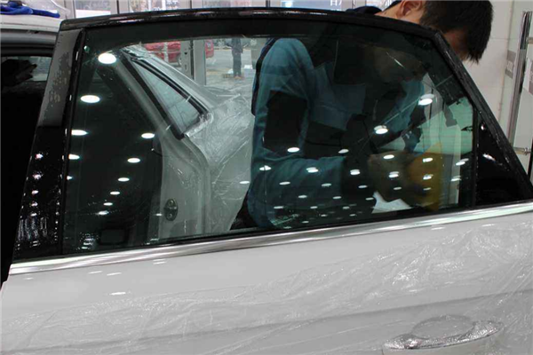 吉祥雨自助洗車貼膜