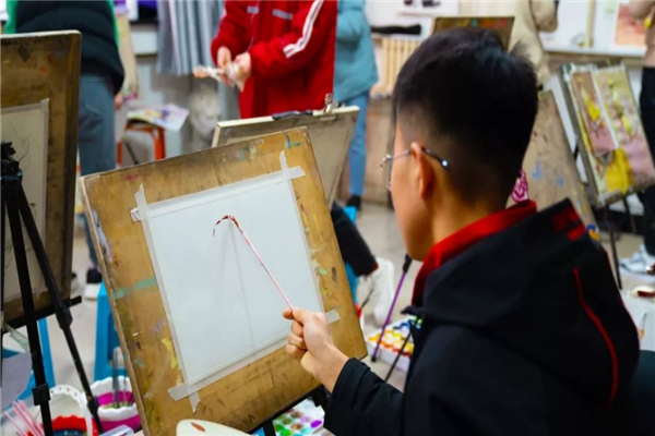 中艺清美艺术学校加盟费及加盟条件