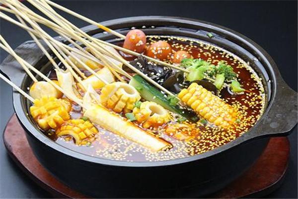 串串香小吃麻辣