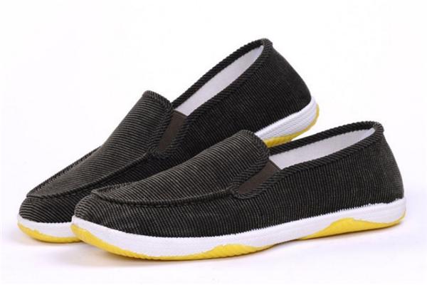 彩梅北京布鞋舒适