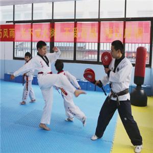 道隆跆拳道教練